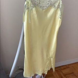 Victoria's Secret chemise nightie slip silk XS